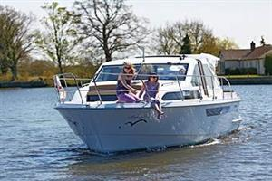 Broom Commodore, Broom BoatsBrundall