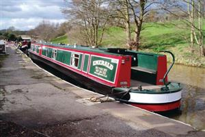 Emerald, Wootton WawenHeart Of England Canals